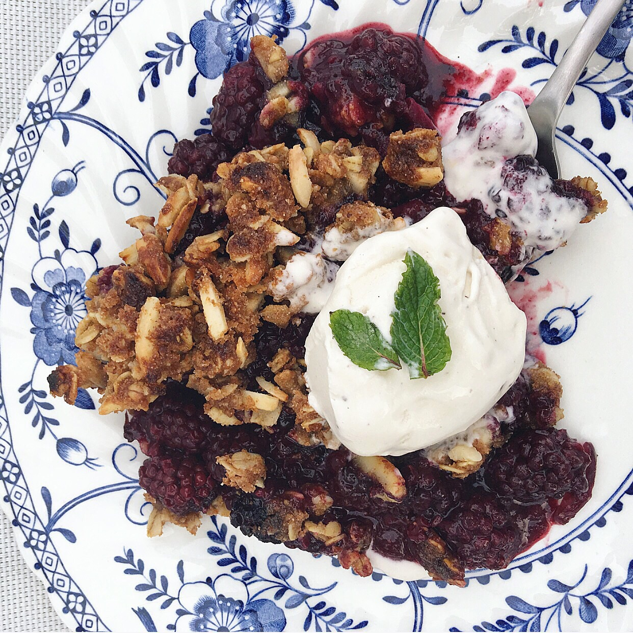 Lemon-Thyme Blackberry Crumble