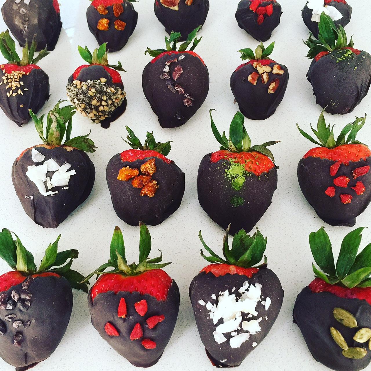Superfood Chocolate Covered Strawberries