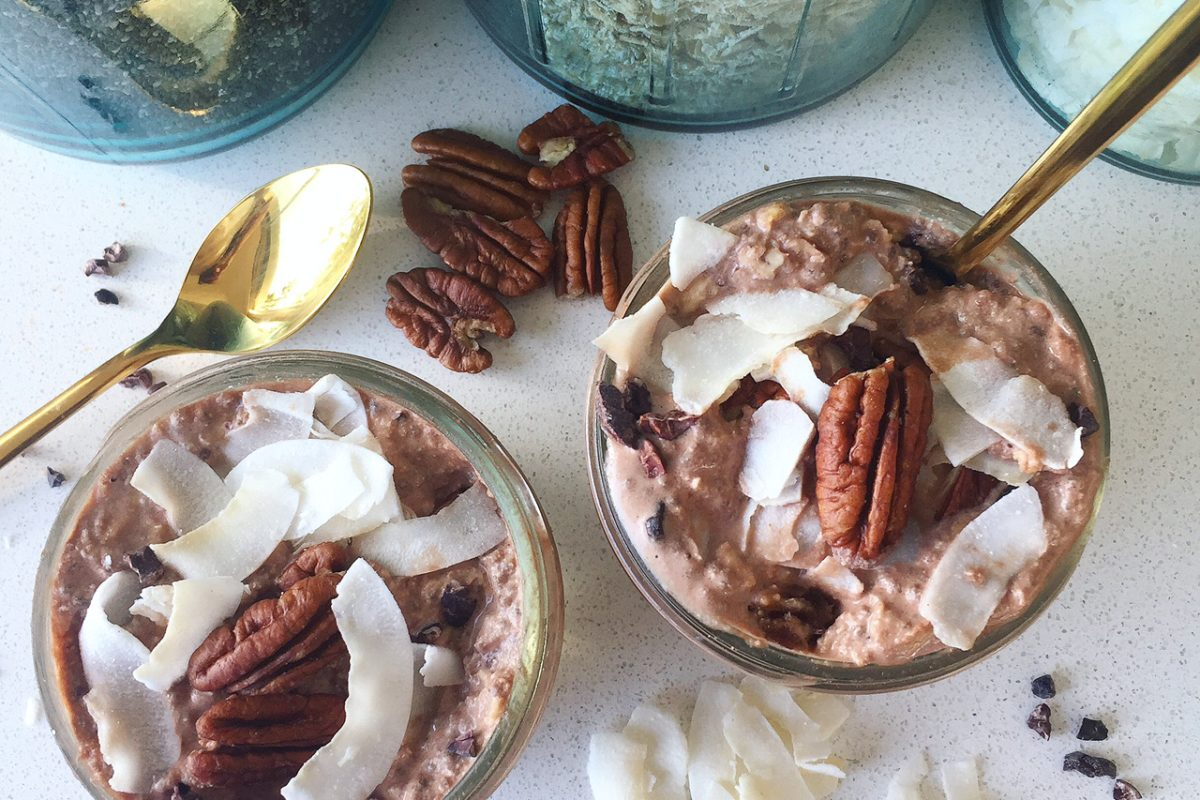 Chocolate Pecan Coconut Overnight Oats (Vegan)