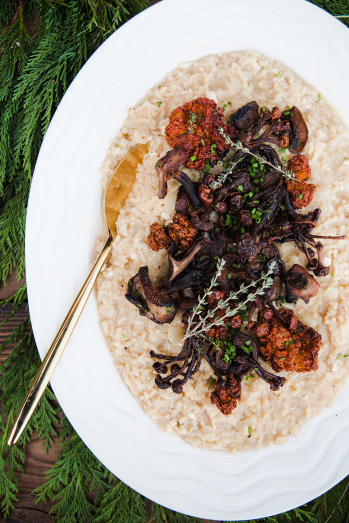 Creamy White Wine Risotto With Roasted Mushroom and Thyme (Vegan)